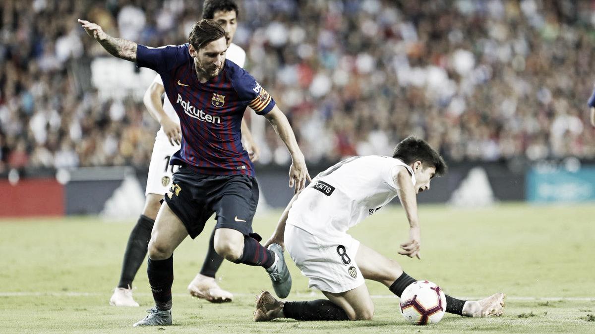 Valência marca no início, mas Barcelona consegue empatar pela La Liga