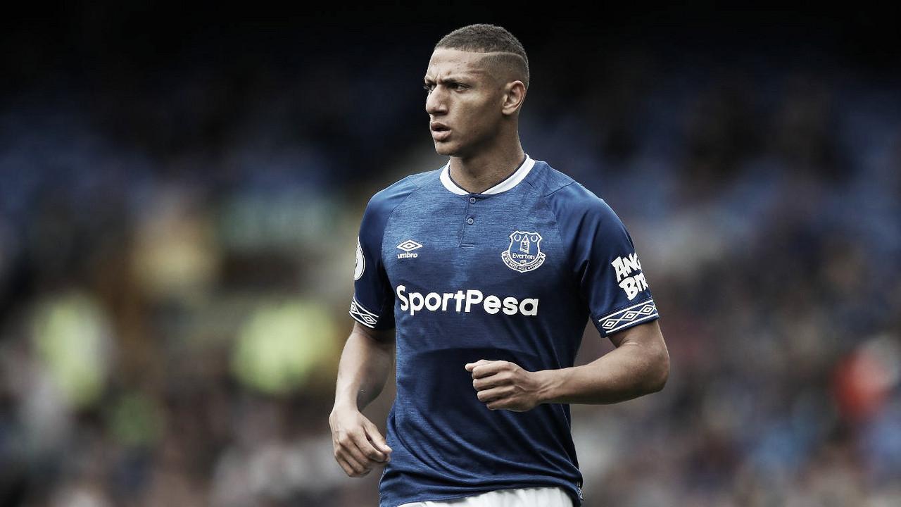 "Em boa fase, técnico Marco Silva exalta Richarlison no Everton: ""Tem a cara da Premier League"""