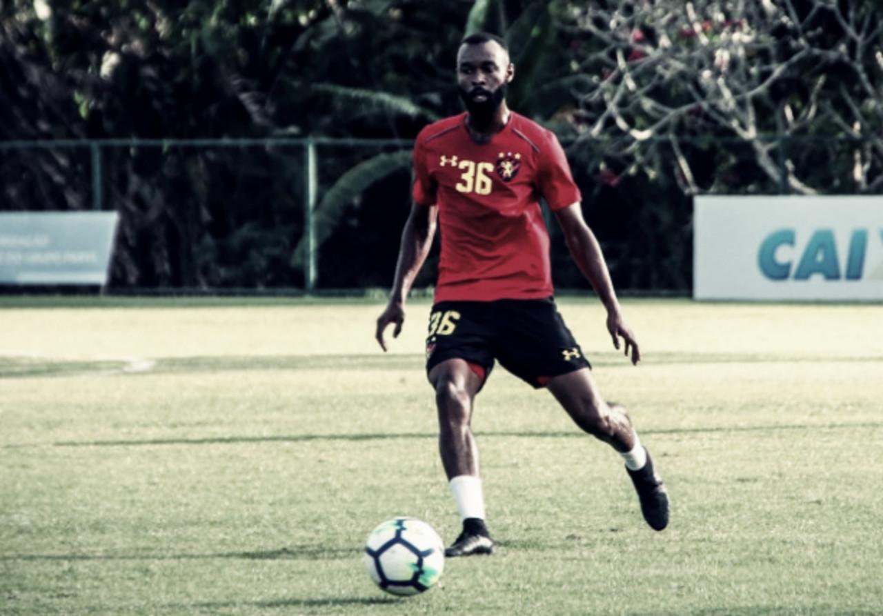 Marcão Silva renova com o Sport por uma temporada