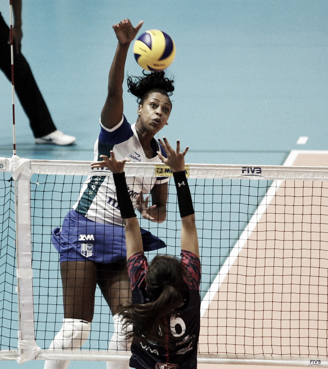 """Como oposta, Mara explica mudanças noItambé/Minas: """"Poupada em algumas atletas"""""""