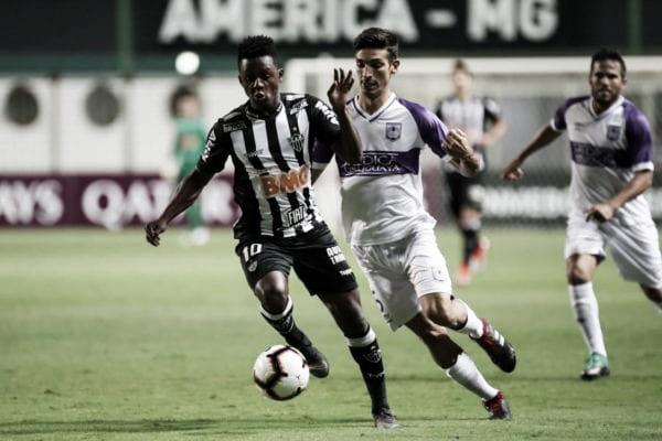 Atlético-MG empata com Defensor e avança para fase de grupos da Libertadores