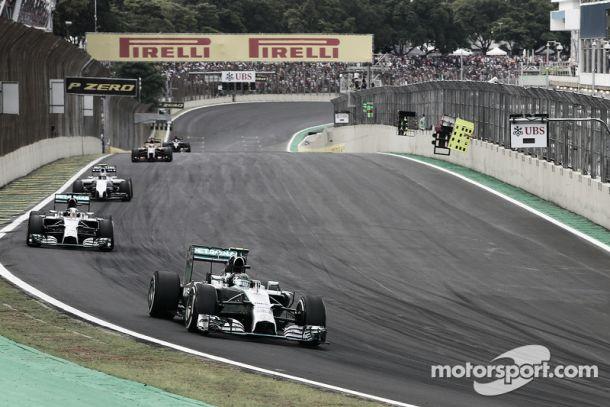 GP do Brasil: Rosberg volta à carga mas Hamilton mantém-se na liderança