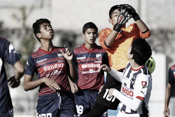 Monterrey supera al Atlante en el torneo sub 15