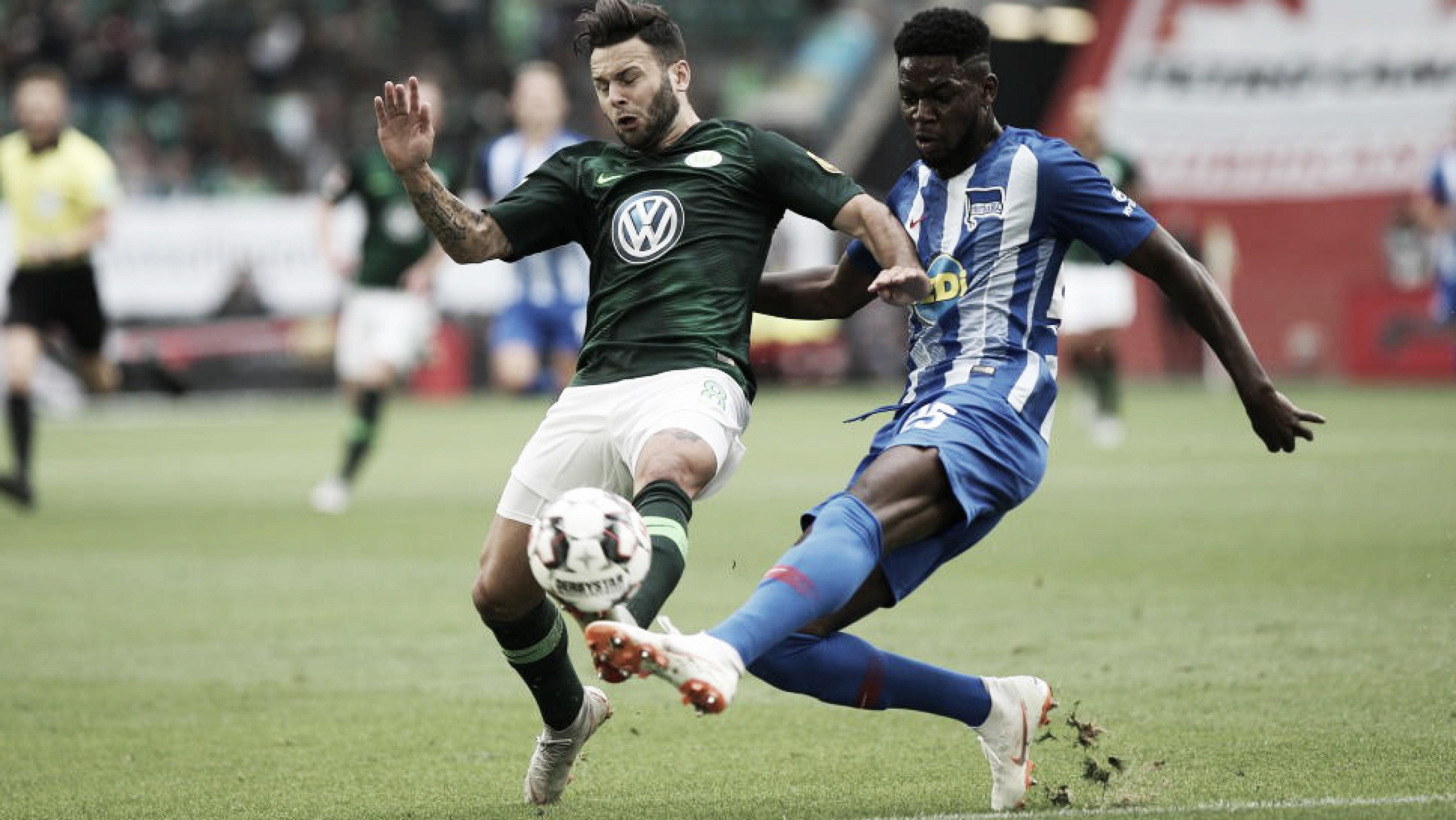 Com dois gols nos acréscimos, Wolfsburg e Hertha Berlim ficam no empate pela Bundesliga