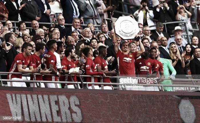Manchester United conquista Supertaça ao Leicester: Ibrahimovic decide ao cair do pano.
