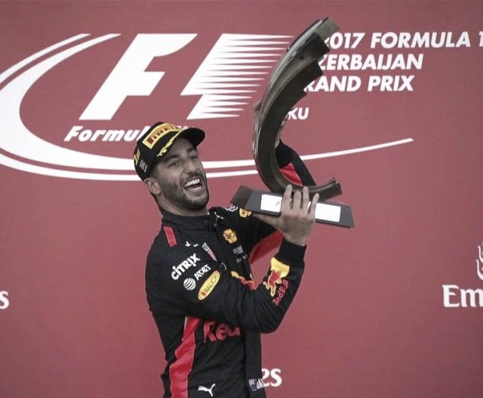 Ricciardo aprovechó el caos y festejó en Bakú