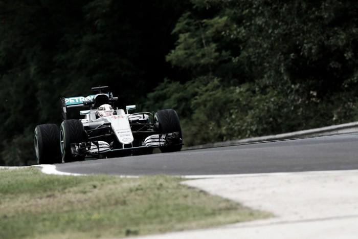 Mercedes marca el ritmo en Hungría