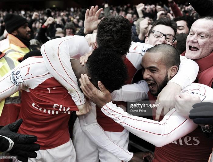 Barclays Premier League: Arsenal aplica duro golpe ao Leicester e vence ao minuto 95