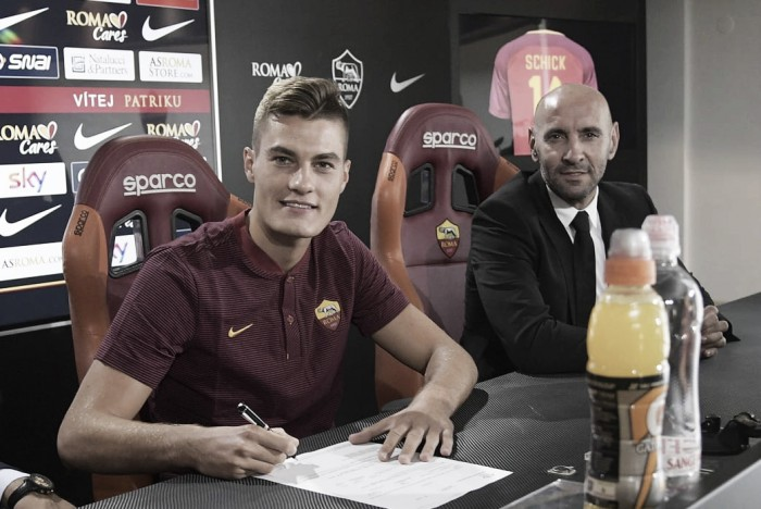 Roma, Totti comincia il corso da allenatore a Trigoria
