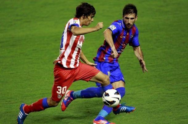 Óliver Torres escoge en Oporto el dorsal con el que debutó en el Atlético