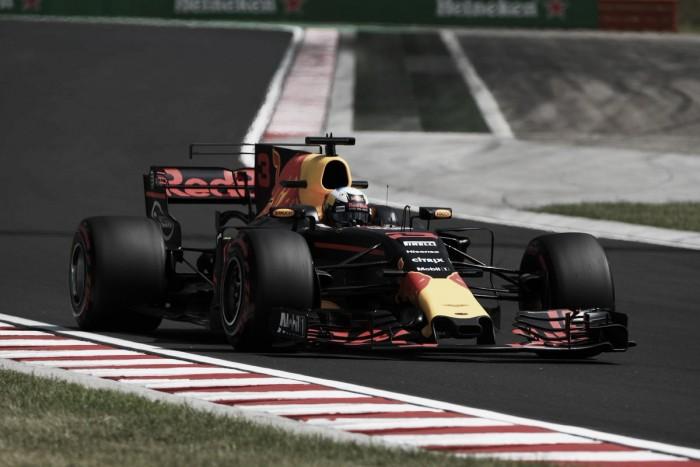 Ricciardo arrancó con todo