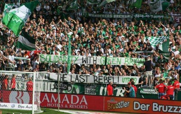 Lassen Sie die Leute singen: apoio à rebeldia escocesa nas arquibancadas da Bundesliga