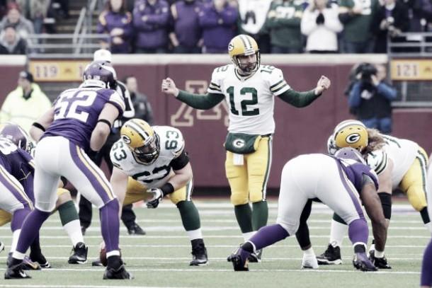 Baltimore consigue una victoria agridulce y los Packers están de regreso