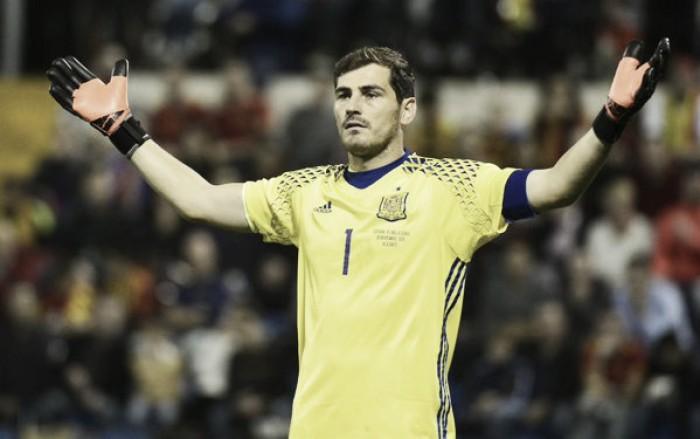 """Spagna, Casillas diventa leggenda ma avvisa: """"il mio ritiro si avvicina"""""""