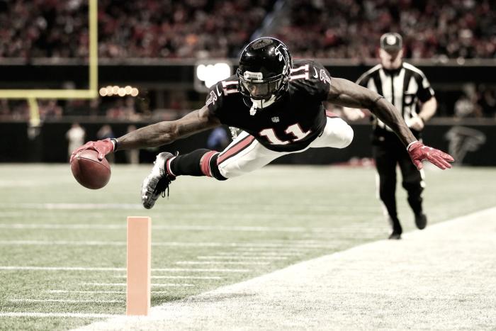 """Julio """"Maravilla"""" Jones alcanza las 9.000 yardas en tiempo récord"""