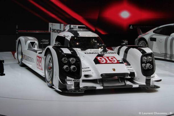 De forma oficial, Porsche revela o 919 Hybrid, bem como programa GT em parceria com a equipe Manthey para Le Mans
