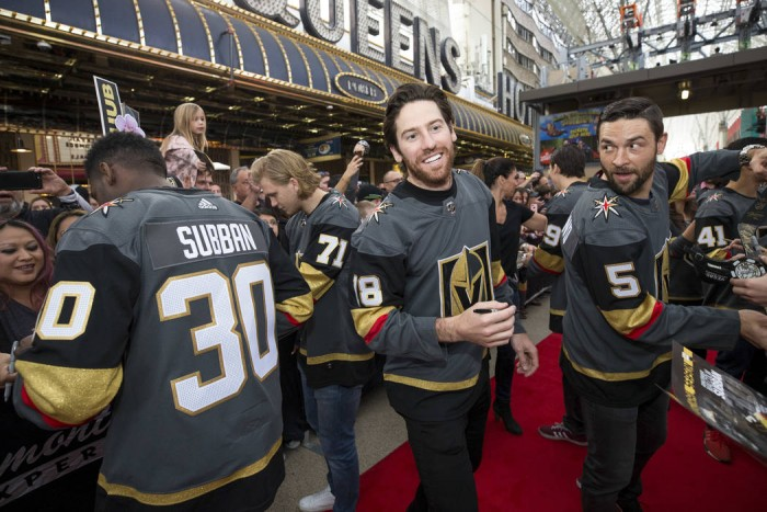 Vegas Golden Knights: Buy, sell or stay at trade deadline?