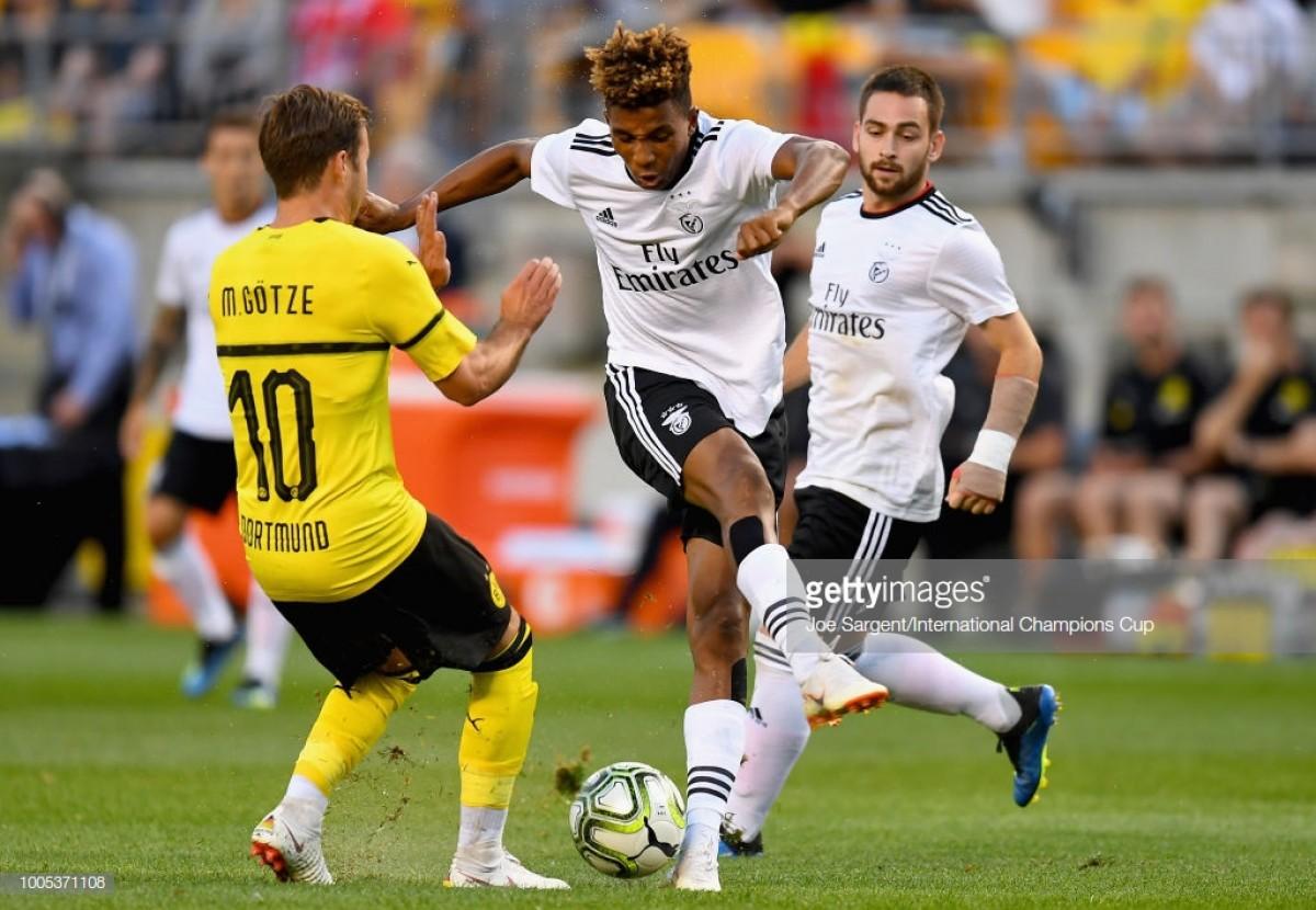 Benfica recupera de desvantagem de dois golos e vence Dortmund nas grandes penalidades