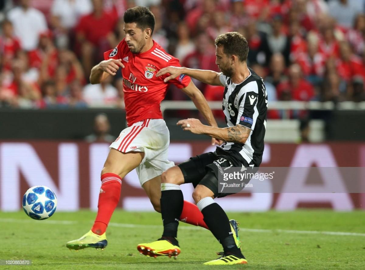 Benfica perdulário adia decisão para a Grécia (1-1)