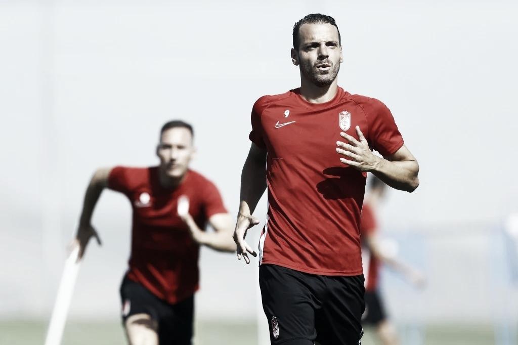 Soldado renueva con el Granada CF