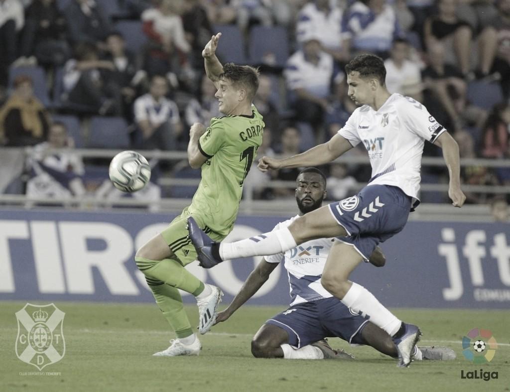 Previa Almería - Tenerife: tres puntos para seguir soñando