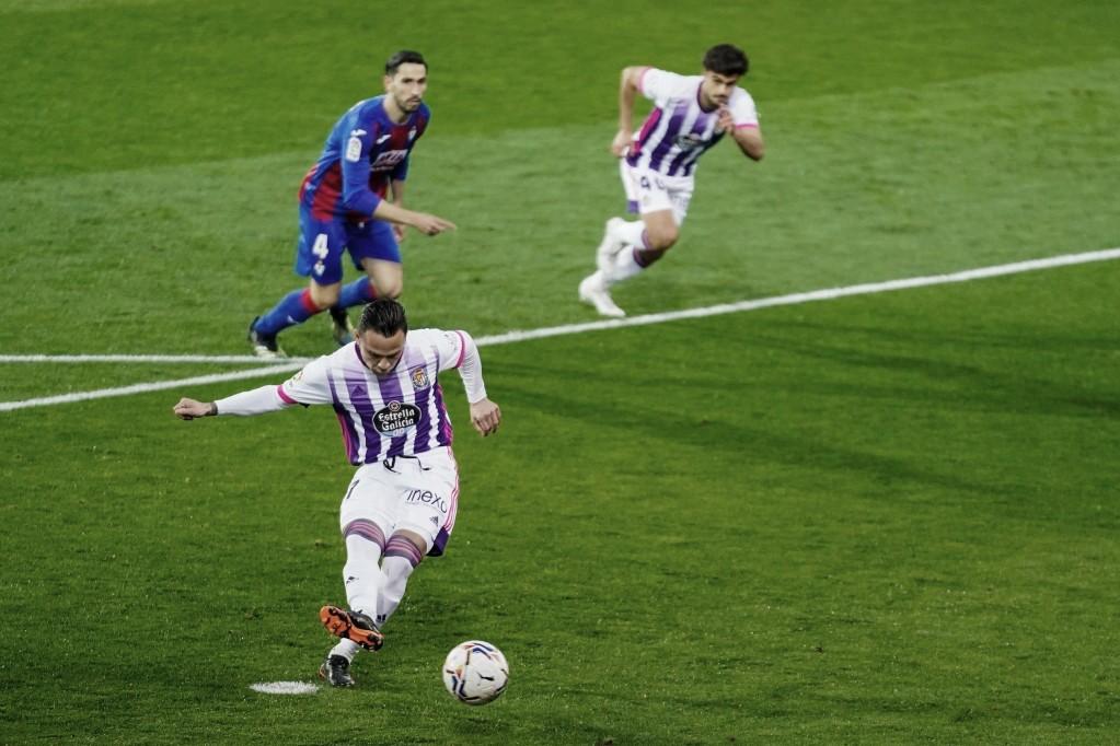 Roque preside la mesa en el Real Valladolid