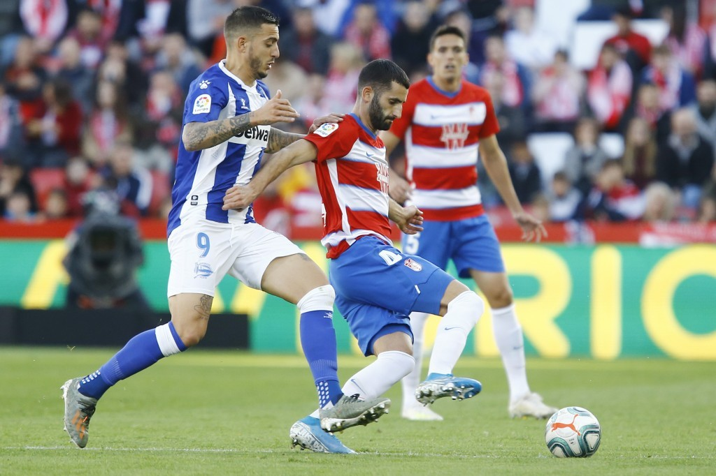 Balance positivo para el Granada CF en sus encuentros ante al Alavés