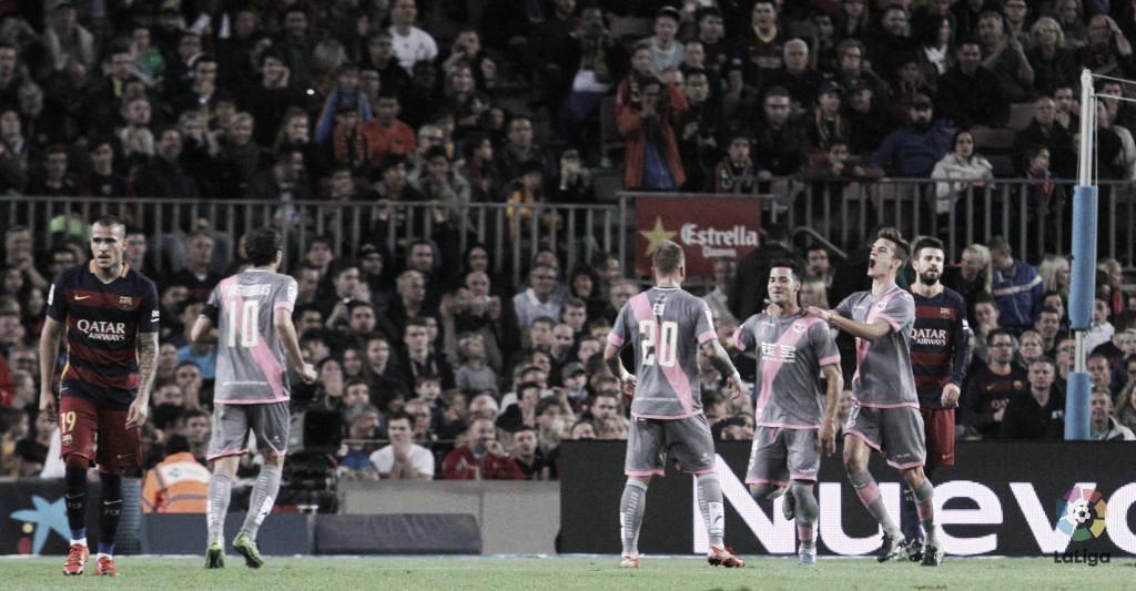 Kelme sortea entradas dobles para el Rayo Vallecano-F.C. Barcelona