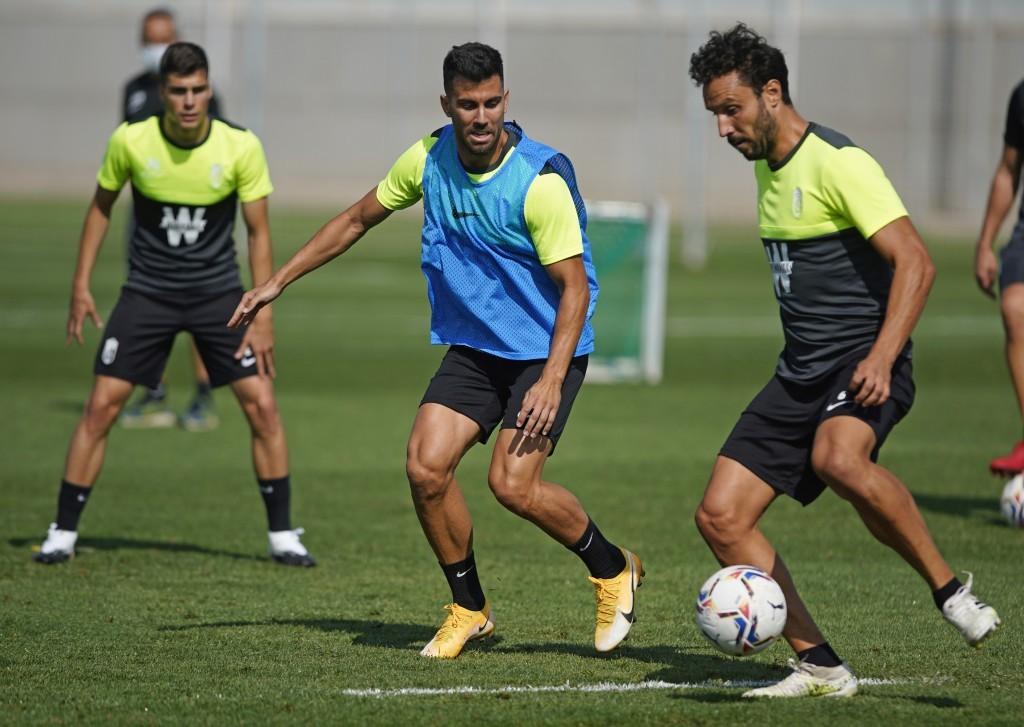 El Granada CF vuelve a entrenar centrado en el duelo ante el Lokomotive Tbilisi
