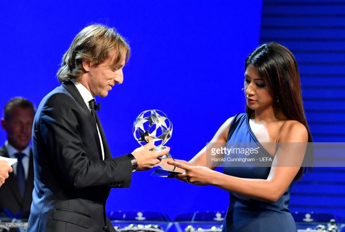 Modric supera Ronaldo e é o melhor do ano