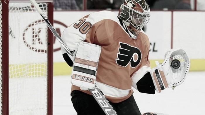 Las opciones de playoffs de los Flyers vuelan con la lesión de Neuvitrh