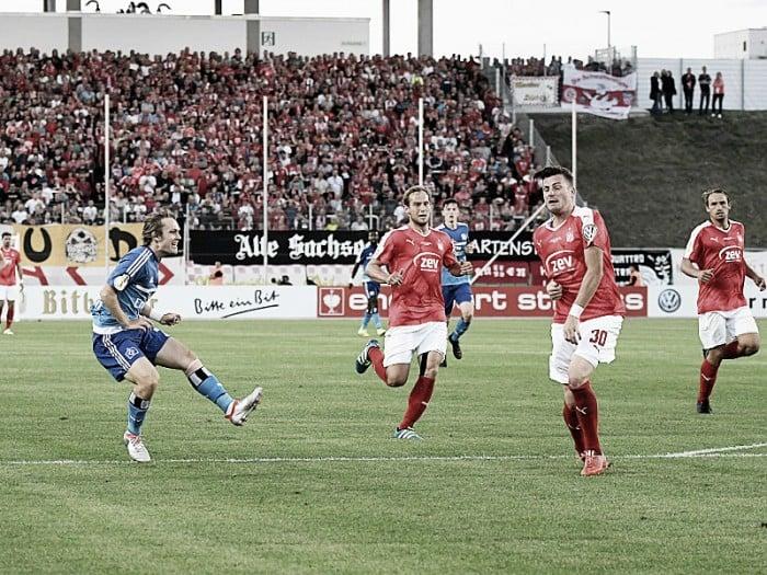 Jovem Halilovic marca, Hamburgo vence Zwickau e avança na DFB Pokal