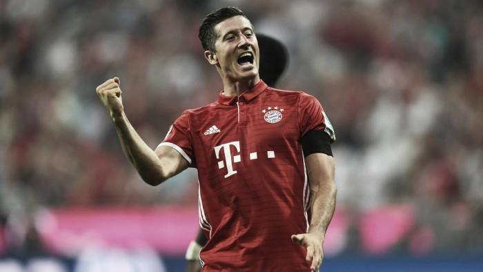 Lewandowski marca três e Bayern goleia Werder Bremen na abertura da Bundesliga