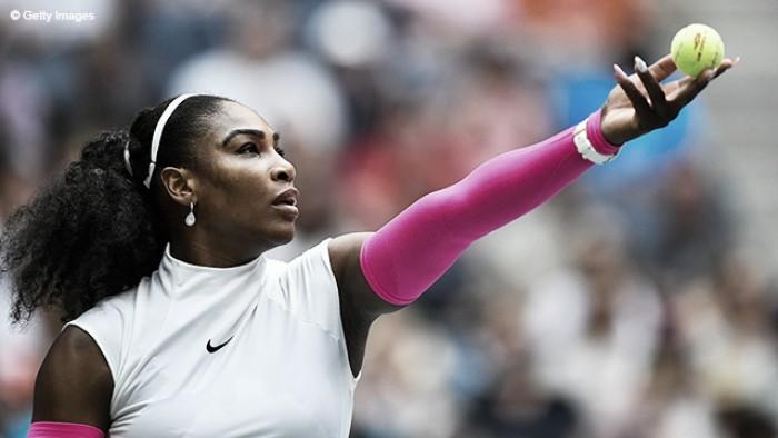Serena Williams vence batalha contra Simona Halep e está na semifinal do US Open