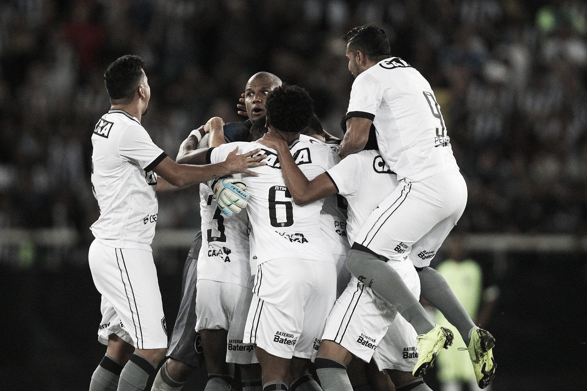 Na despedida de Jefferson, Botafogo vence Paraná com dois gols de Erik