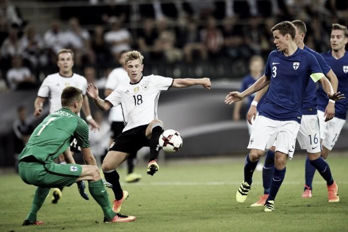 Na despedida de Schweinsteiger, Alemanha vence amistoso contra Finlândia
