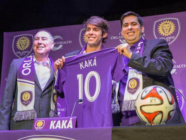 Kaká é apresentado pelo Orlando City, que vai emprestá-lo ao São Paulo até 2015
