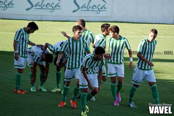 "Real Betis ""B"" - Real Jaén, sensaciones dispares en un duelo con sabor a plata"