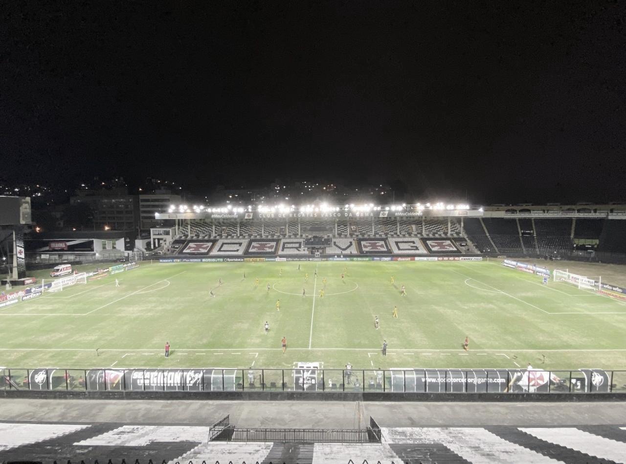 Sem jogos oficiais há um mês, Vasco estreia no Campeonato Brasileiro diante do Sport