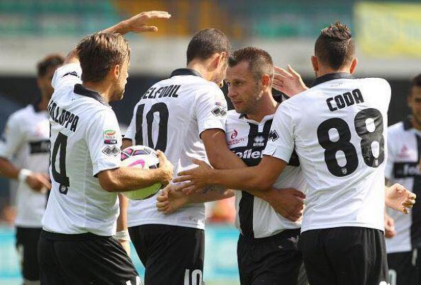 Cassano trascina il Parma: 3-2 sul campo del Chievo