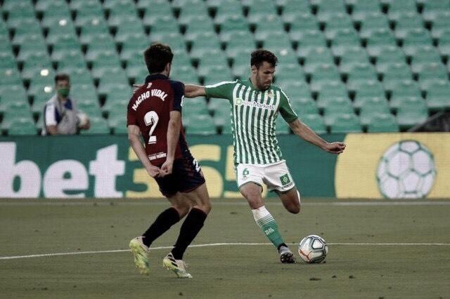 Betis espanta má fase com vitória sobre Osasuna e amplia distância do rebaixamento