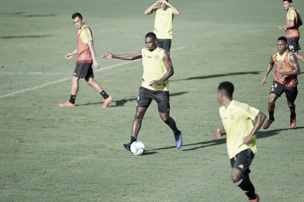 Flamengo encara Madureira no Maracanã visando semis da Taça Rio
