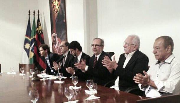 Martorelli é empossado presidente do Sport e promete valorização dos sócios