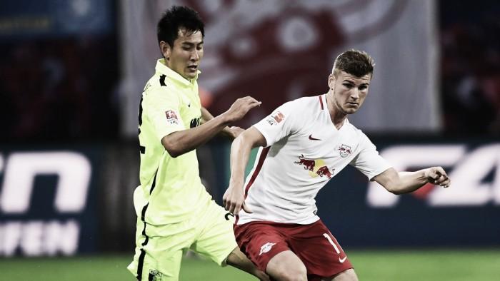 Leipzig leva a melhor e derrota Augsburg na Bundesliga