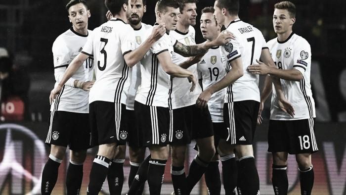Alemanha resolve no primeiro tempo e derrota Irlanda do Norte nas Eliminatórias Europeias