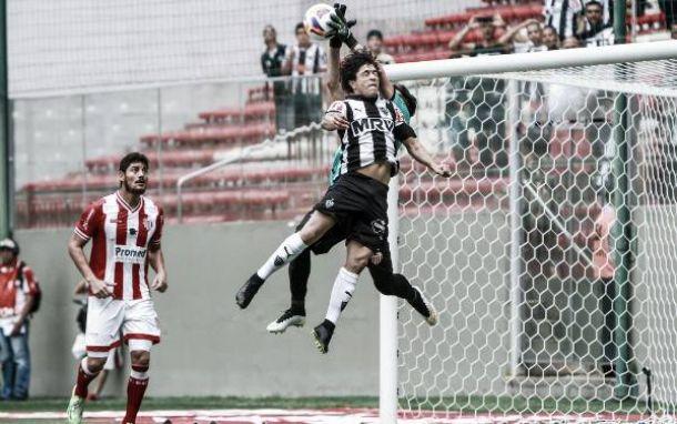 """Luan afirma que Atlético-MG poderia ter marcado mais gols: """"Três eu acho que foi pouco"""""""