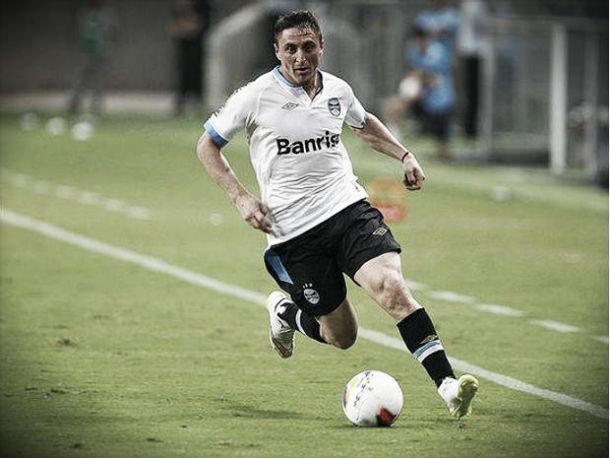Cristian Rodríguez; Cebolla completa a família Rodríguez no Grêmio
