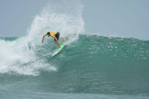 Peruanos siguen en marcha en el ISA World Surfing Games 2015