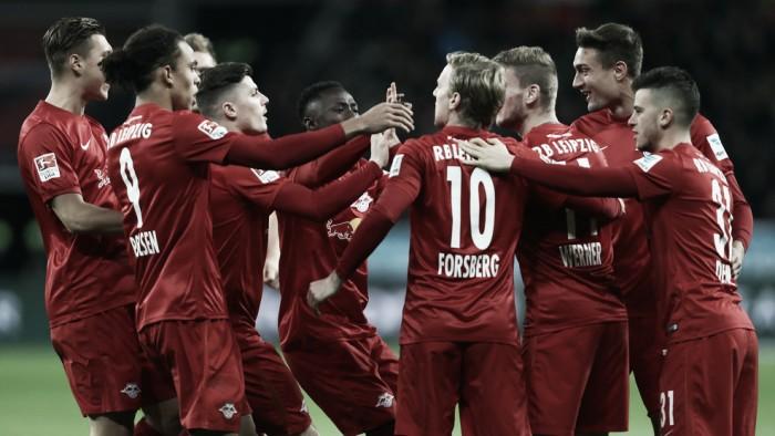 Em jogo eletrizante, Leipzig vira sobre Leverkusen e assume liderança provisória da Bundesliga