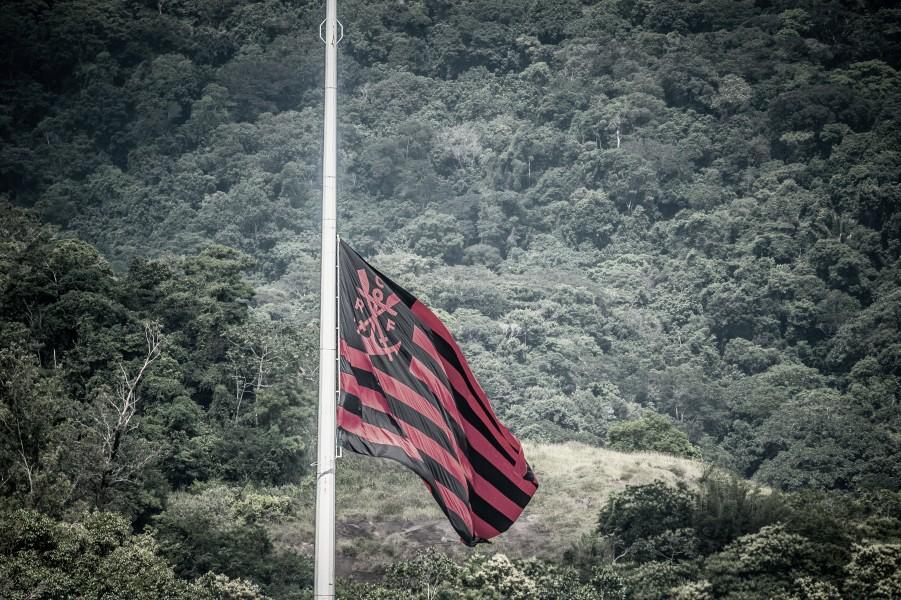 Flamengo é multado em quase R$ 3 mil por negar inspeção no Ninho do Urubu